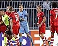 Pareltjes Stengs en Boadu bezorgen AZ wonderbaarlijk gelijkspel in Servië