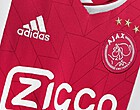 Foto: Ajax-supporters over nieuw shirt: 'Echt alles moet kapot, flikker op'
