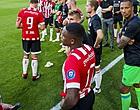 "Foto: Ajax-fans gaan los op Viergever: ""Super zielig mannetje"""