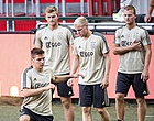 Foto: 'Opstelling Ajax: Ten Hag breekt belofte en zet basisspeler op de bank'