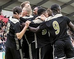 🎥 Ajax-talenten zetten Feyenoord voor schut in eigen Kuip: '3-0, klaar, klaar!'