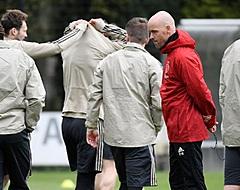 """Chelsea-fans wijzen naar Ajax: """"Haal hem op!"""""""