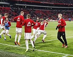 'Ajax-spelers wantrouwen eigen teamgenoot'