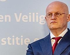 Minister Grapperhaus laat zich uit over betaald voetbal