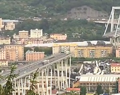 Schokkend: Italiaans international ontsnapt aan de dood bij instorten brug Genua