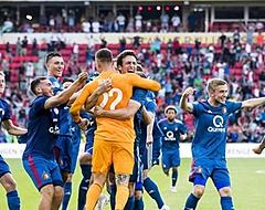 'Van Bronckhorst is niet het probleem, maar de spelers zijn dat wel'