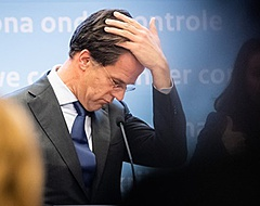 Minister-president Rutte over Feyenoord-fans: 'Gewoon hun bek houden'