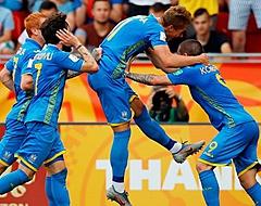 🎥 Feestende Oekraïne-spelers verstoren persconferentie eigen bondscoach