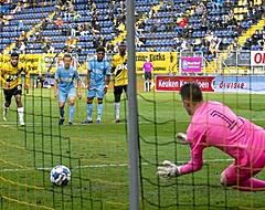 🎥 PSV-doelman debuteert door strafschop NAC te keren