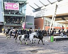 Politie voorkomt veldslag tussen supporters van Ajax en Feyenoord