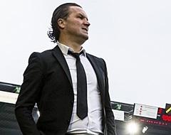 Voormalig Eredivisie-trainer staat op leeg trainingsveld