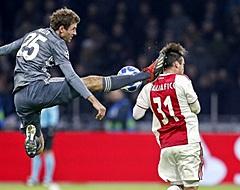 VIDEO: Müller probeert Tagliafico te onthoofden en krijgt ook direct rood