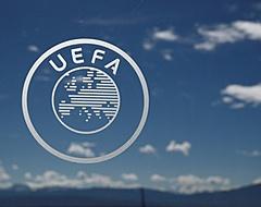 UEFA geeft toe: 'Uitsluiting dreigt bij stopzetten competitie'