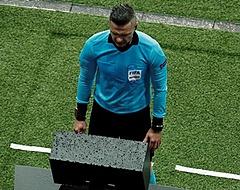 UEFA schakelt VAR in bij APOEL-Ajax: 'Het gaat om on-ge-loof-lijk veel geld'
