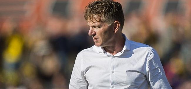 Foto: ADO-coach Groenendijk komt met contractnieuws na nederlaag in Emmen
