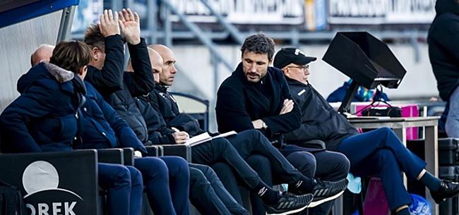 Foto: 'Machtsstrijd bij PSV brengt Van Bommel in het nauw'