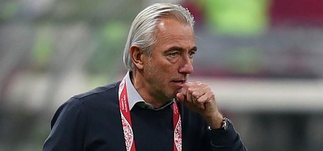 Foto: Van Marwijk geeft advies: