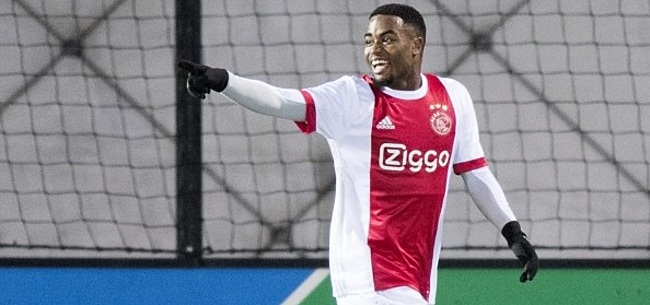 Foto: Jong Ajax voert druk op ondanks ongelukkige Cassierra