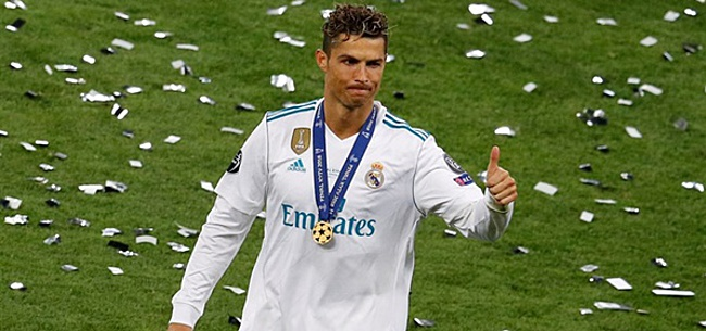 Foto: Fans wijzen massaal naar Cristiano Ronaldo bij Clásico