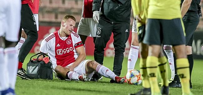 Foto: Jong Ajax niet langs AZ-talenten, blessure voor De Wit