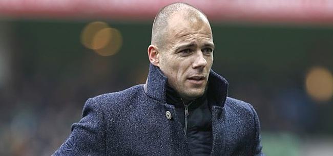 Foto: Buijs maakt prachtig gebaar richting zieke vriendin van FC Groningen-fan