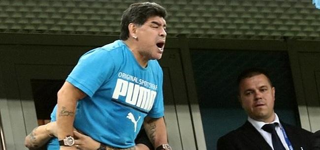 Foto: Maradona komt met opmerkelijke verklaring na bizarre avond