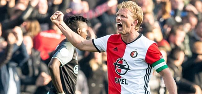 Kersttrui Feyenoord.Kuyt Showt Kersttrui Feyenoord Wel Een Prijs Van De Lelijkste Trui
