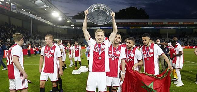 Foto: 'Blijf alsjeblieft nog een jaartje bij Ajax'