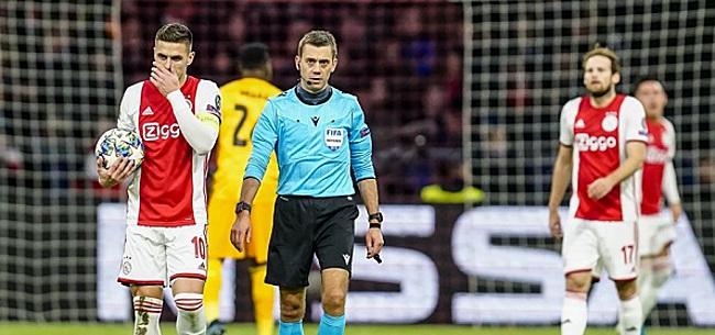 Foto: Ajacied zorgt voor frustratie: 'Wat doet hij in Ajax 1?'