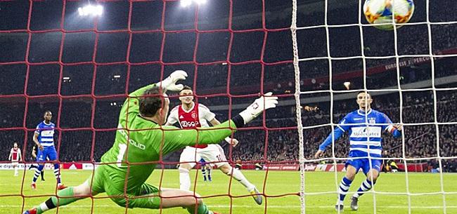 Foto: Tadic helpt Ajax-spelers: