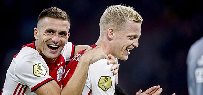 Foto: Ajax-directeur Overmars verblijdt fans met uitspraken over Van de Beek