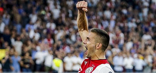 Foto: Ajax stuurt KNVB opvallende e-mail over Tadic en Huntelaar