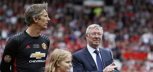 Foto: 'Van der Sar kreeg dildo als welkomstcadeau van Fulham'