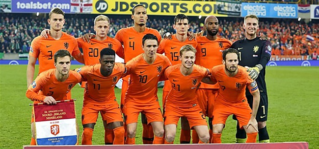 Foto: Oranje-selectie geeft krachtig statement af: 'Enough is Enough'