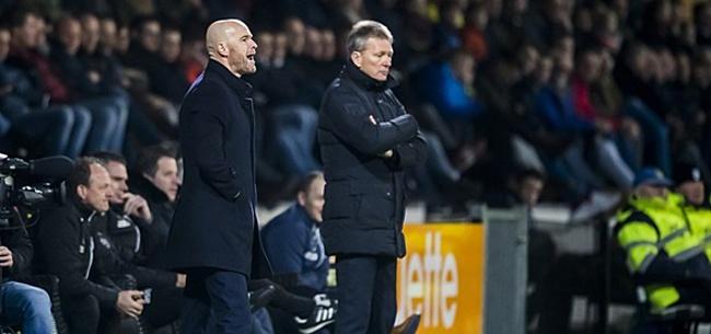 Foto: Woedende Ajax-fans schrijven allemaal hetzelfde: Ten Hag gefileerd om actie