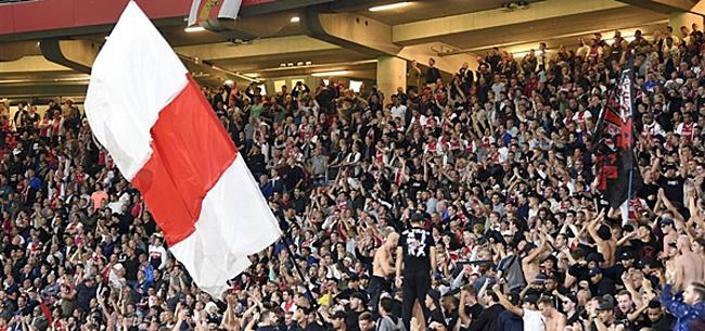 Foto: Woedende Ajax-fans halen keihard uit: