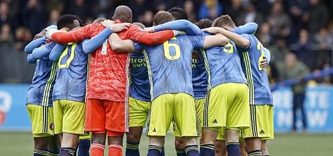 Foto: 'Misschien is het voor Ajax te weinig, voor Feyenoord is het echt heel veel'