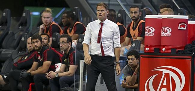 Foto: De Boer onthult: 'Spelers waren daar niet blij mee'
