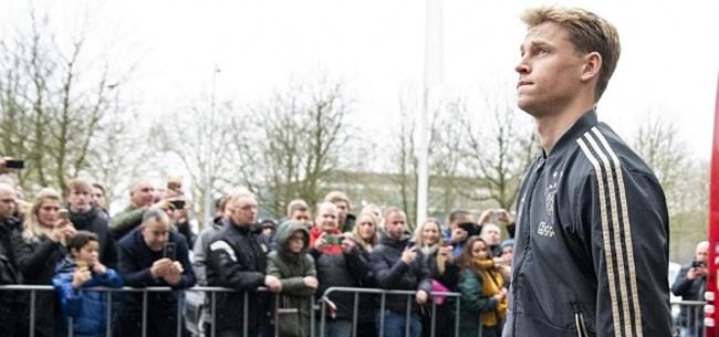 Foto: Ajacied De Jong gaat in op uitdaging PSV-fan Verstappen