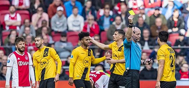 Foto: Scheidsrechtersbaas reageert op discutabel moment Ajax-NAC