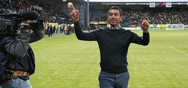 Foto: 'Van Bronckhorst heeft nieuwe club bijna te pakken'