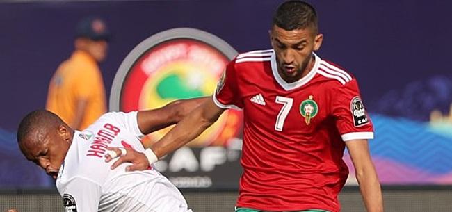 Foto: Voetbalfans gaan massaal los op 'dramatische' Hakim Ziyech