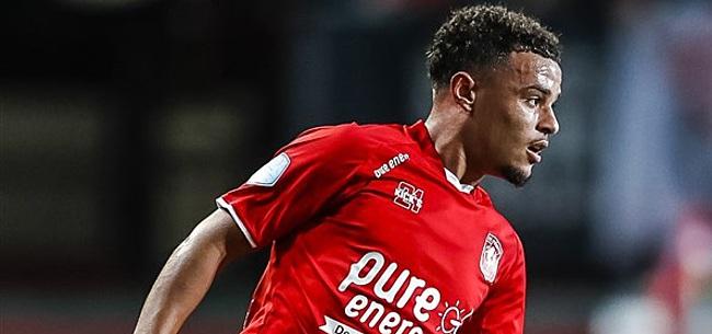 Foto: Spelers door elkaar gehaald op Wikipedia: Toch geen Twente-transfer