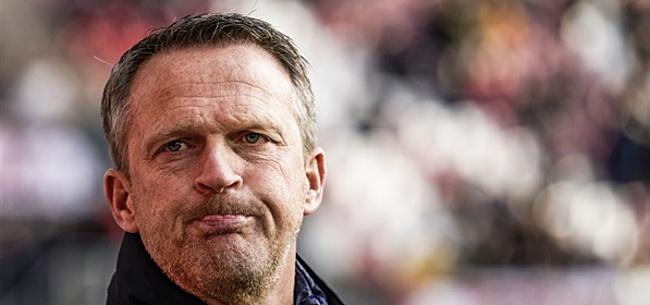 Foto: John van den Brom: 'Er is paniek bij Ajax'