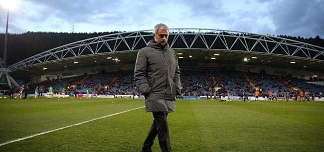 Foto: 'Wanhopige Mourinho meldt zich op Deadline Day in Madrid'