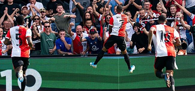 Foto: Feyenoord-supporters tweeten allemaal hetzelfde