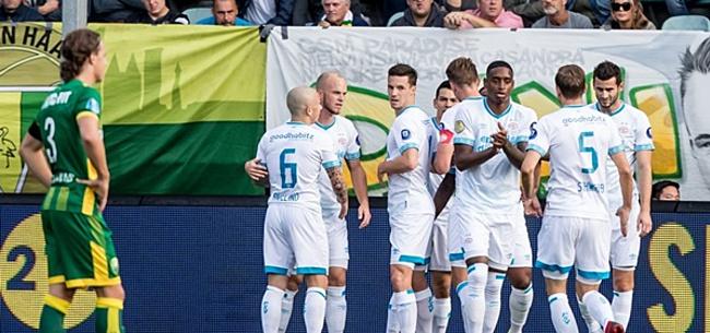 Foto: Kijkers ADO Den Haag-PSV: 'Hij kan er helemaal niets van'