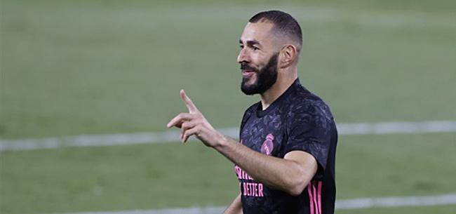 Foto: Real wint dankzij eigen goal, rode kaart en penalty