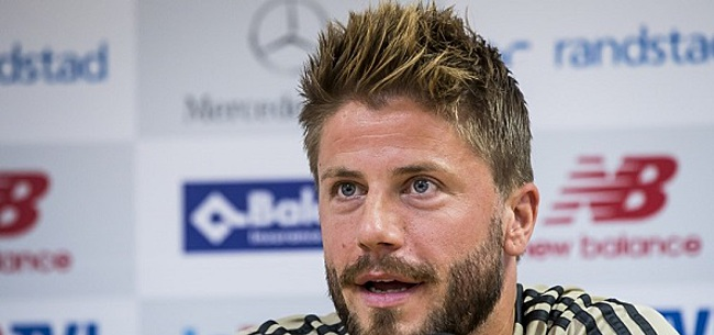 Foto: Schöne geeft opmerkelijke reden voor Ajax-flater tegen Heracles