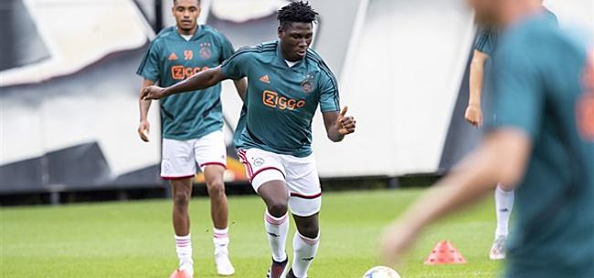 Foto: Ten Hag zorgt voor grote verrassing met opstelling Ajax